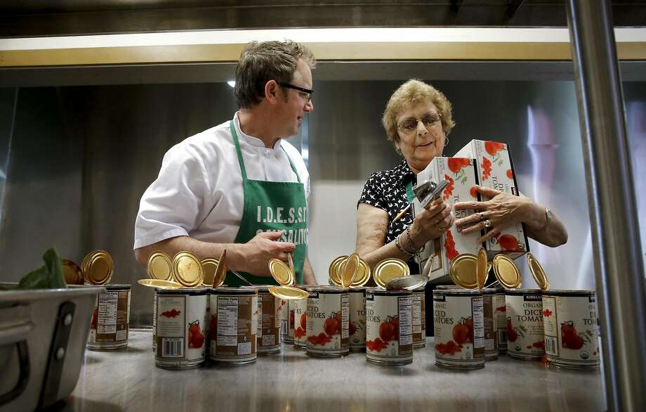 Manuel Azevedo and his mother LaSalette Azevedo. Photo: Michael Macor, The Chronicle