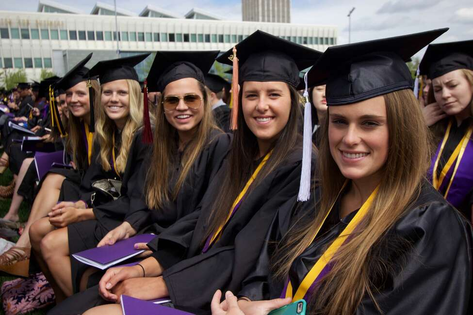 A study by the online rental site zumper.com lists the best cities for new graduates. Albany ranked 4th in the Northeast and 40th overall on the list. Click through the slideshow to see the top 20 best cities for new grads.