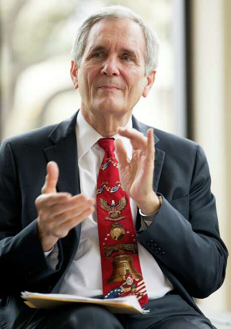 Rep. Lloyd Doggett noted concerns in Texas about new drugs costing more than $300 a month. Photo: William Luther / San Antonio Express-News / © 2016 San Antonio Express-News