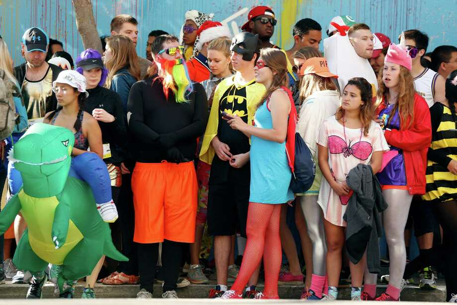Click ahead to see the best costumes from the 2016 Bay to Breakers race. Photo: Scott Strazzante / The Chronicle / SFC