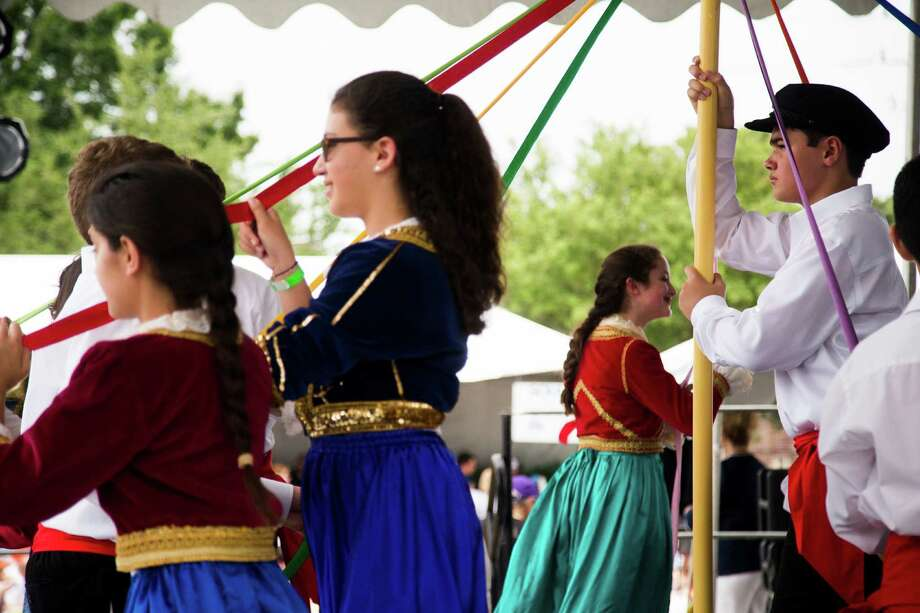 Teenagers perform Greek dances at the 2016 Houston Greek Fest, Sunday, May 15, 2016, in Houston. Photo: Marie D. De Jesus, Houston Chronicle / © 2016 Houston Chronicle