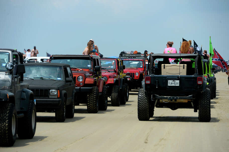 2017 Jeep Cherokee Lifted >> Texas Jeep enthusiasts flaunt custom rides during 'Go Topless Weekend' - Beaumont Enterprise