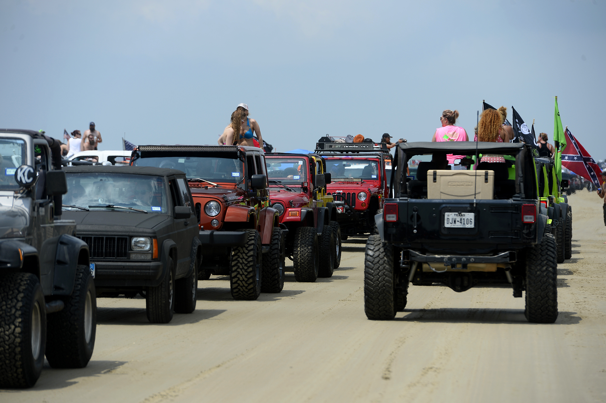 Texas Jeep enthusiasts flaunt custom rides during 'Go ...