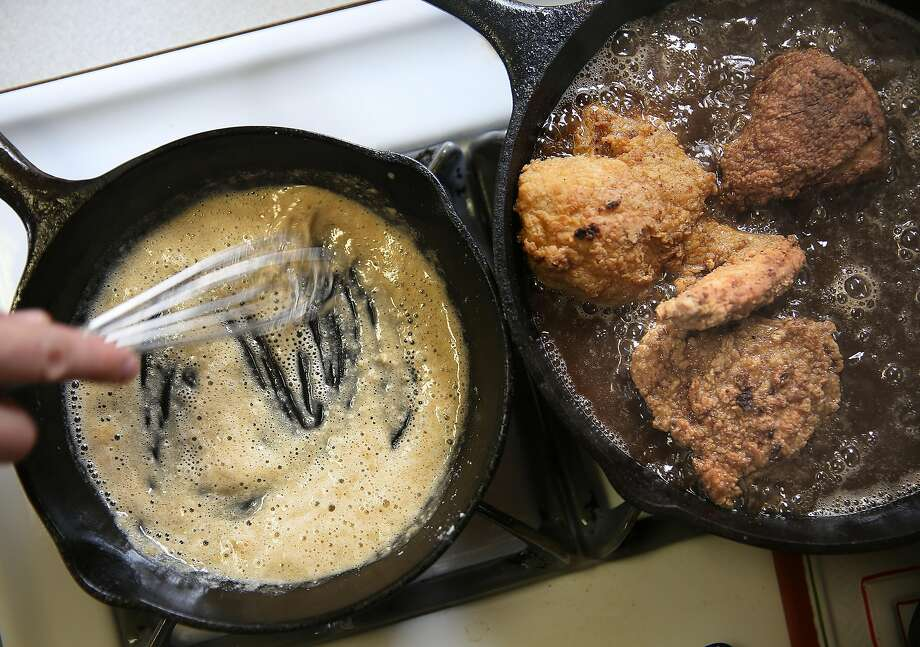 Sarah Rich shows how she makes gravy to accompany the fried chicken. Photo: Liz Hafalia, The Chronicle