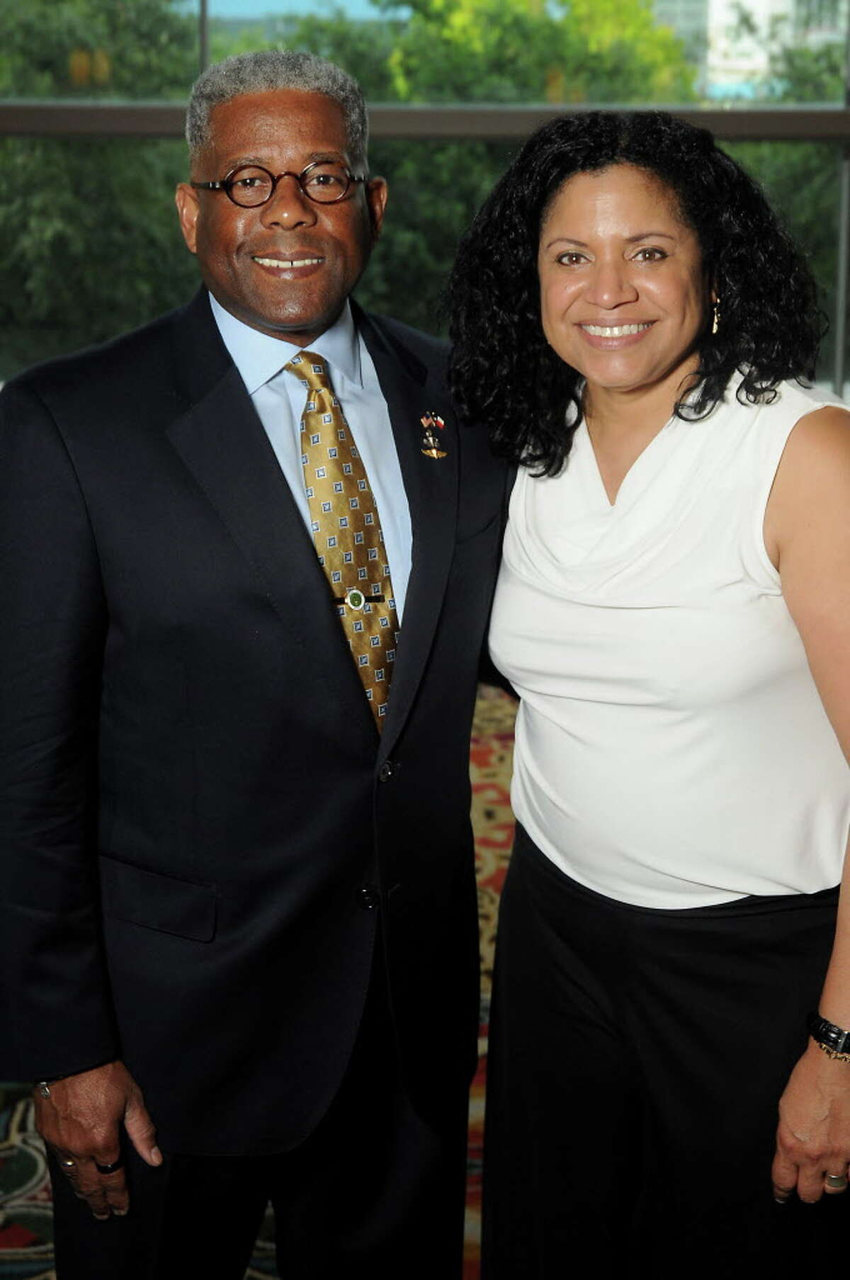 Lt. Col Allen West and his wife Angela at the 2016 Kickstart Kids Gala