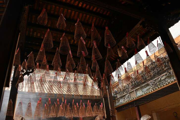 The Phuoc An Hoi Quan Pagoda is known for its hanging incense coils.