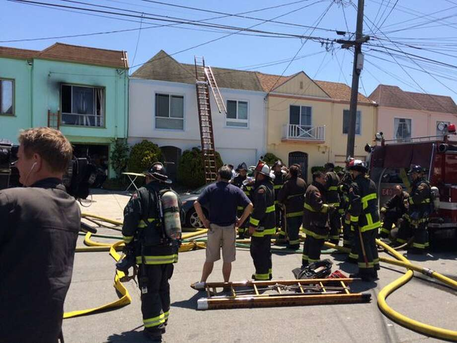 sf house fire injures including firefighter sfgate a firefighter and two residents were injured after two houses in san francisco s outer sunset caught