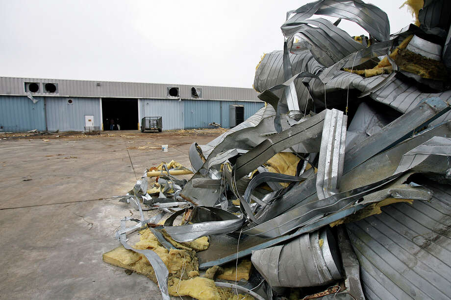 File photo of metal removed from the ventilation system at a warehouse in San Marcos is stacked for recycling by the Green Guy company. Bexar County tries to lure a metals recycling plant to the Elmendorf area with $1 million in tax abatements. Audubon Metals Texas would bring 82 new jobs to the area. Photo: TOM REEL /SAN ANTONIO EXPRESS-NEWS / SAN ANTONIO EXPRESS-NEWS