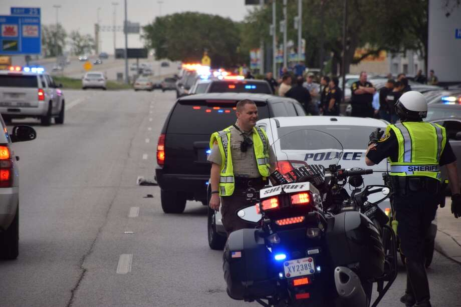 Police have arrested three people following a chase through Alamo Heights that began with an armed robbery on Tuesday, May 17, 2016. Photo: Mark D. Wilson/San Antonio Express-News