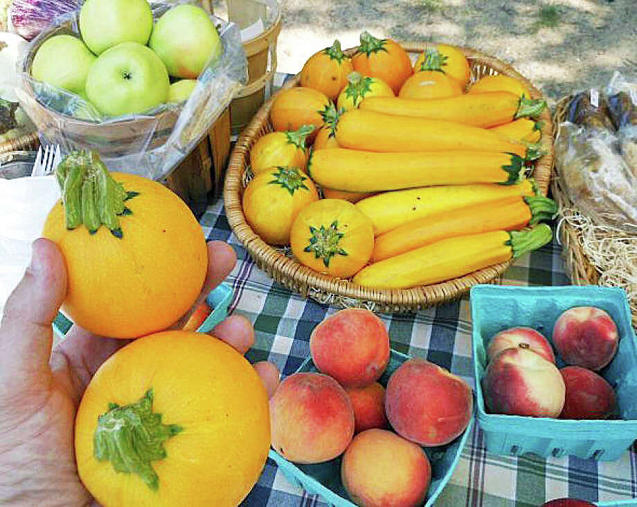 A downtown farmers market will debut in June at Sherman Green. Photo: Fairfield Citizen / File Photo / Fairfield Citizen