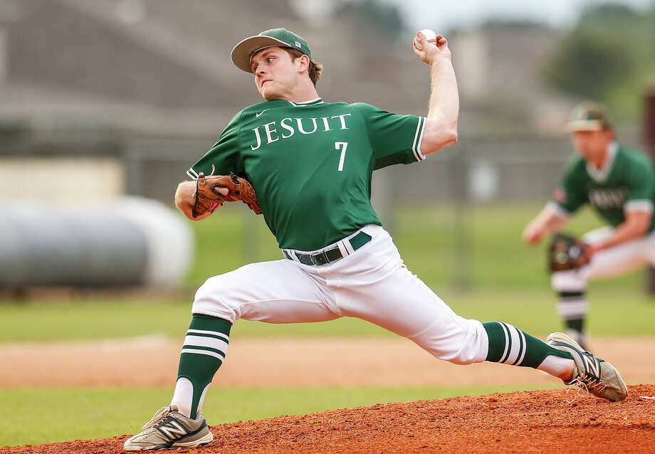 Strake Jesuit pitcher Kevin Graff has been stellar for the Crusaders this season. Photo: Diana L. Porter, Freelance / © Diana L. Porter