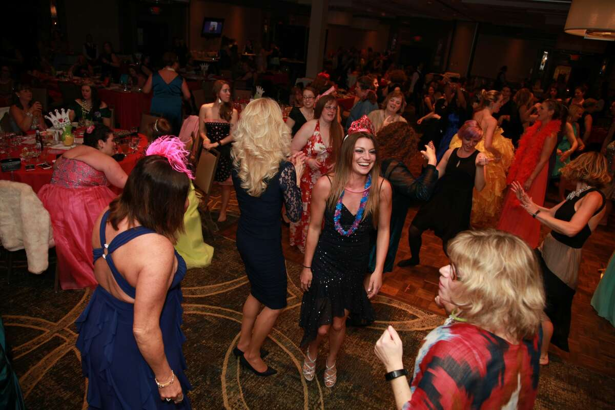 Were you Seen at the fourth annual Saratoga Mom Prom held at the Holiday Inn in Saratoga Springs on Saturday, May 14, 2016?