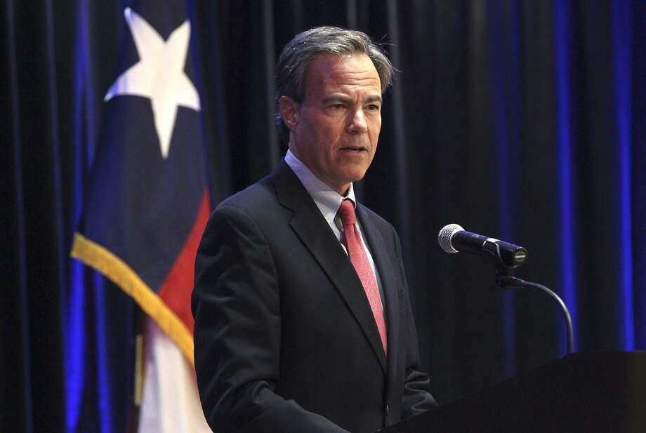 Empower Texans has used dark money — in which the donors remain anonymous — to target Texas House Speaker Joe Straus because they consider him not conservative enough. True ethics reform would require disclosure of such donors. This in no way hampers their free speech. Photo: JOHN DAVENPORT /San Antonio Express-News / ©San Antonio Express-News