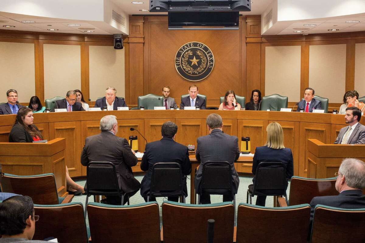 Members of the Texas Senate Committee on Health and Human Services listen as Dr. John Hellerstedt, Commissioner of the Department of State Health Services, discusses the current and future effects of the Zika virus in Texas during a hearing May 17 to evaluate the state's ability to effectively respond to challenges posed by the virus and explore what actions should be taken to prevent transmission, including mosquito control efforts. (Photos by Tom McCarthy Jr.)