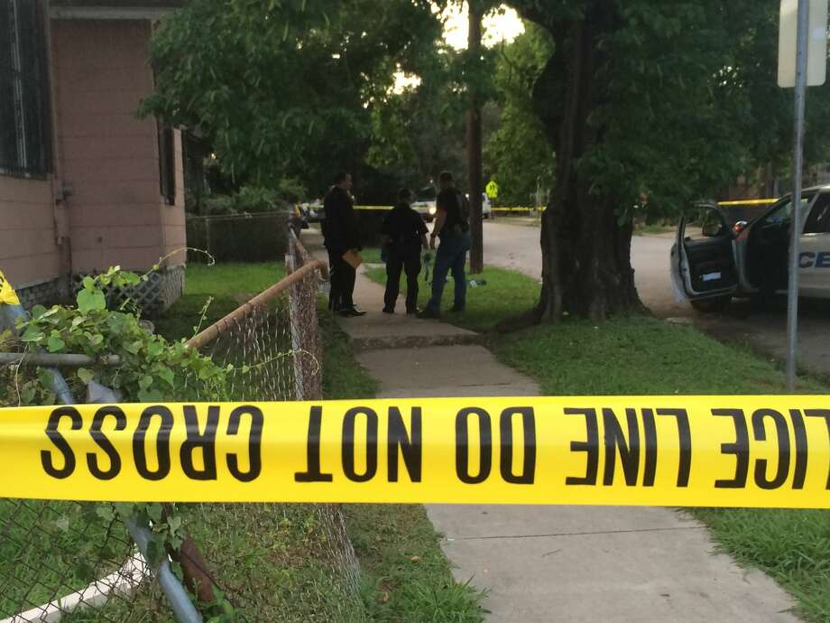 Houston police say a boy was stabbed multiple times on Fulton in north Houston on Tuesday. Photo: William Axford