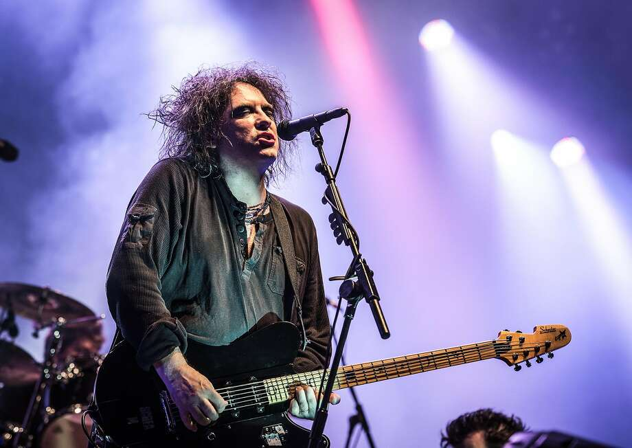 Robert Smith and the Cure will be at Shoreline on Thursday, May 26. Photo: David Wolff - Patrick, Getty Images