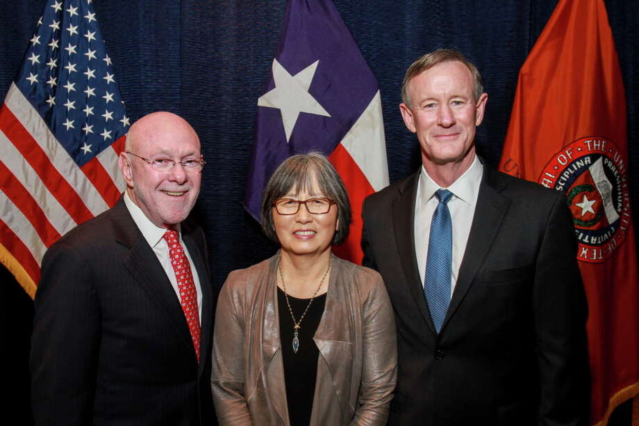"Dr. David Poplack and June Poplack, from left, with Chancellor William H. McRaven at the Texas Children's Cancer Center's ""An Evening with University of Texas System Chancellor William H. McRaven."" (For the Chronicle/Gary Fountain, May 17, 2016) Photo: Gary Fountain, Gary Fountain/For The Chronicle / Copyright 2016 by Gary Fountain"