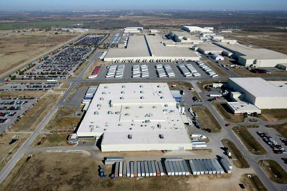The Toyota Motor Manufacturing Texas Inc. plant in South Bexar County is shown in this 2013 aerial photo. Toyota said Tuesday it will spend $391 million to expand its San Antonio factory, the first major renovation of the facility in nine years.
