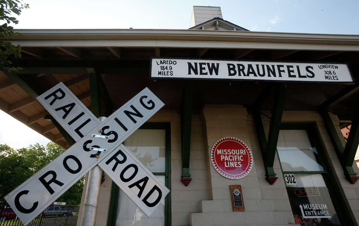 Some New Braunfels citizens expressed concern about multifamily housing units during a May 10 meeting. (Stephen Spillman / for Express-News)