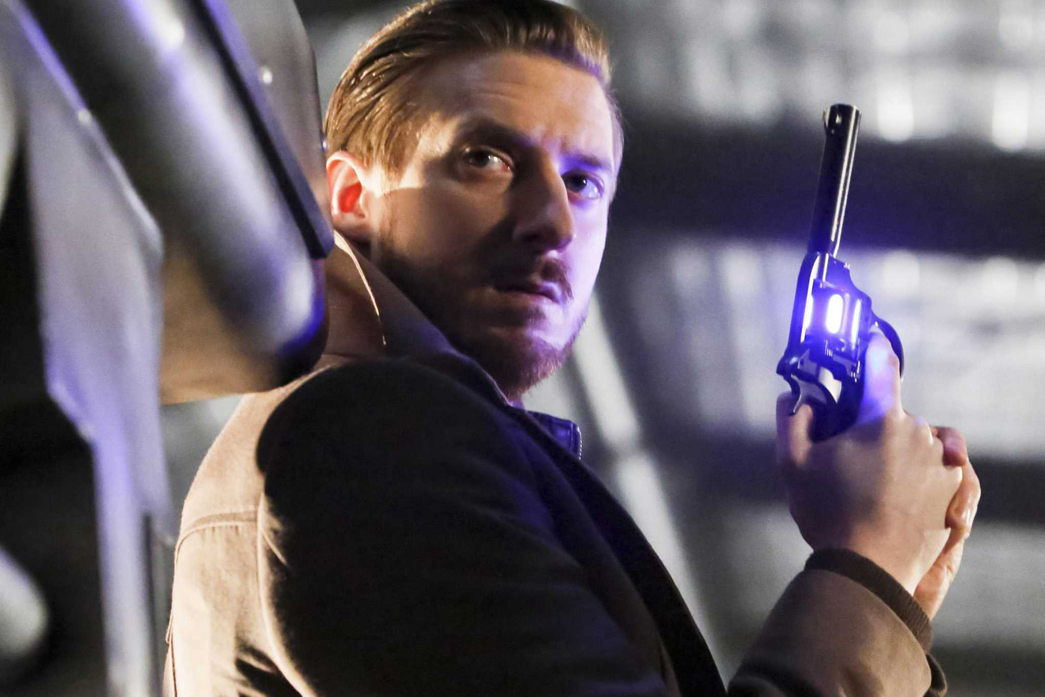 What the Legends of Tomorrow Reveal Means for All of the CW Superheros - seattlepi.com