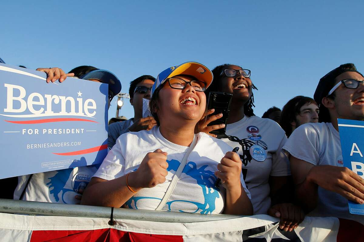 Supporters cheer during a campaign rally for Democratic presidential candidate Bernie Sanders on Wednesday, May 18, 2016 in Vallejo, Calif.
