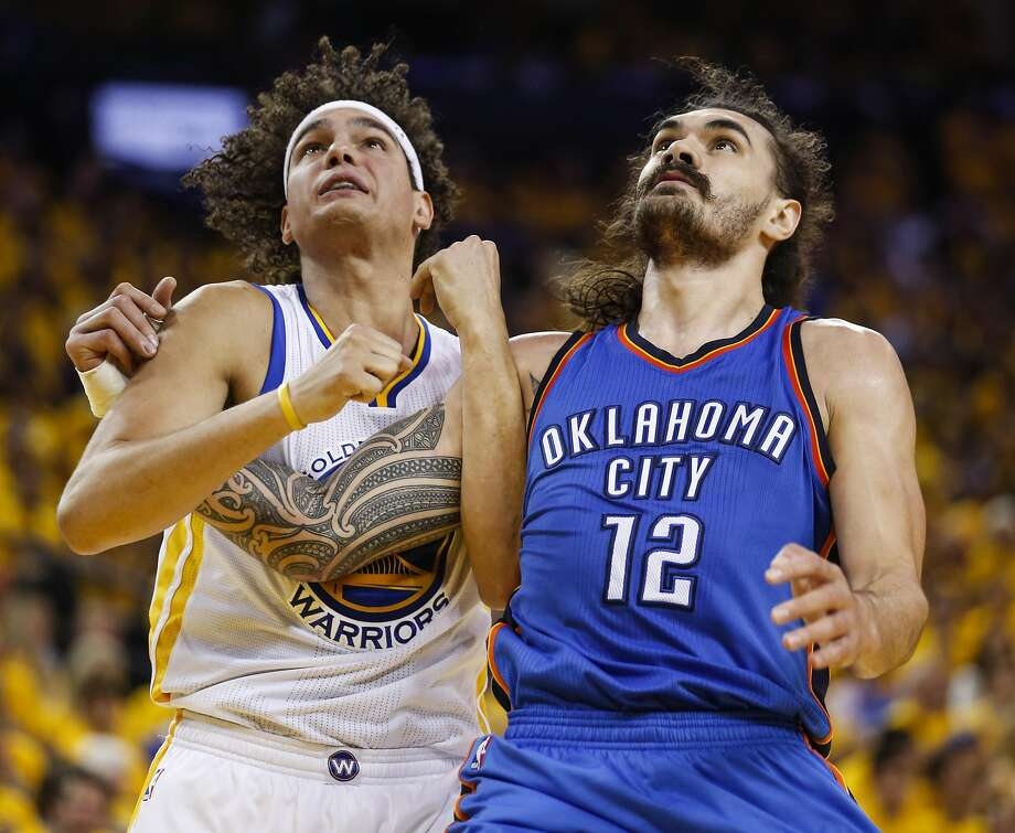 Golden State Warriors� Anderson Varejao and Oklahoma City Thunders� Steven Adams fight for position in the fourth quarter during Game 2 of the NBA Western Conference Finals at Oracle Arena on Wednesday, May 18, 2016 in Oakland, Calif. Photo: Scott Strazzante, The Chronicle