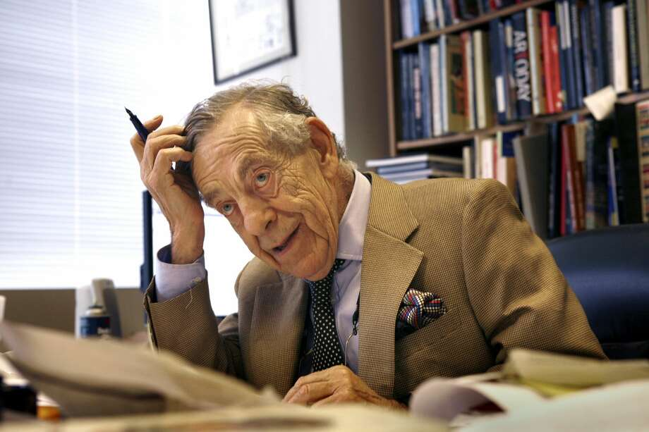 '60 Minutes' correspondent Morley Safer has died at age 84. Photo: LA Times Via Getty Images