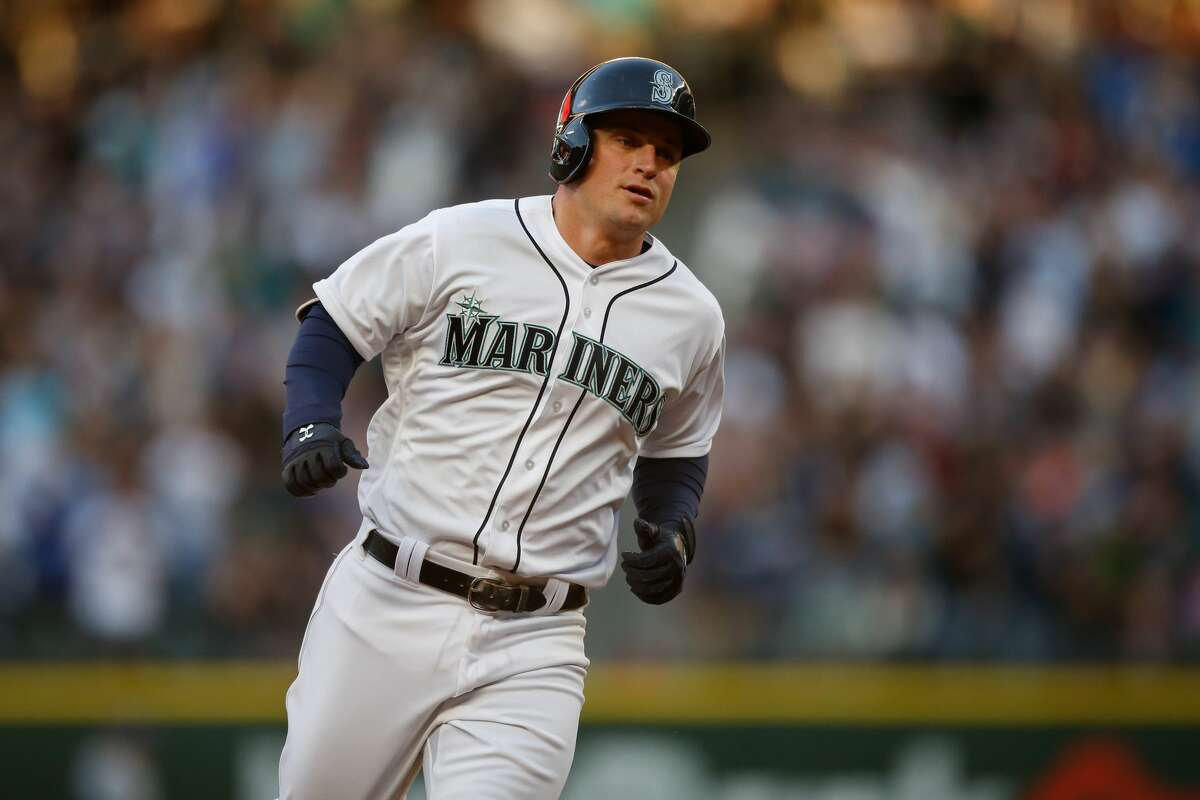Kyle Seager Third base | Age: 28 | Sixth MLB season2016 stats (146 at bats): .253/.337/.514, 10 doubles, 2 triples, 8 home runs, 24 RBIs, 17 walks, 24 strikeoutsGrade: B+Notes: After an abysmal start, Seager has been on an absolute tear for almost a month. Since April 27, he has hits in 16 of his past 20 games. During that stretch, he's batted .380 with 11 runs, eight doubles, two triples, four homers, 14 RBIs and 10 walks.
