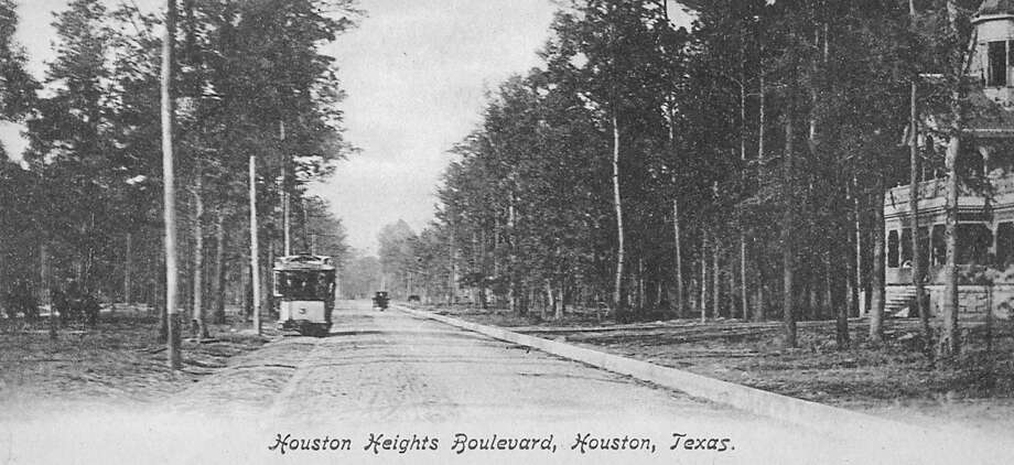 Houston Heights Boulevard , PHOTO COURTESY OF RANDY PACE- ESPLANADE NR / handout