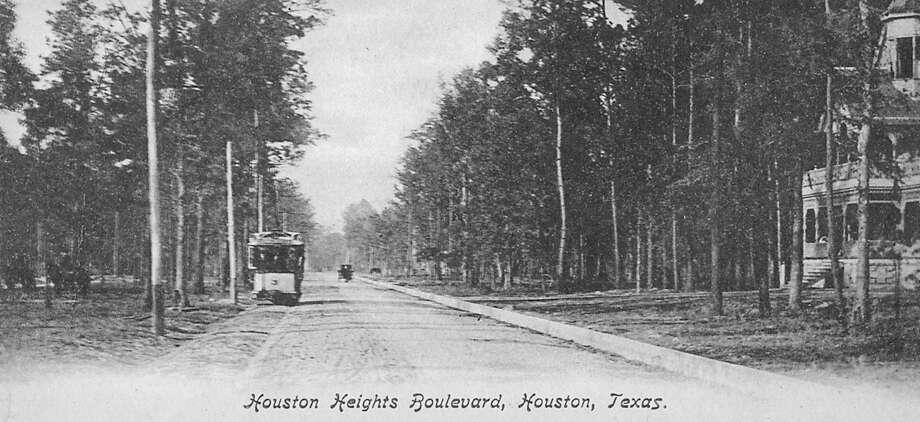 Houston Heights Boulevard , PHOTO COURTESY OF RANDY PACE- ESPLANADE NR / handout