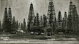 Spindletop Oil Field 1902.  TEXAS ENERGY MUSEUM SPECIAL TO THE EXPRESS-NEWS