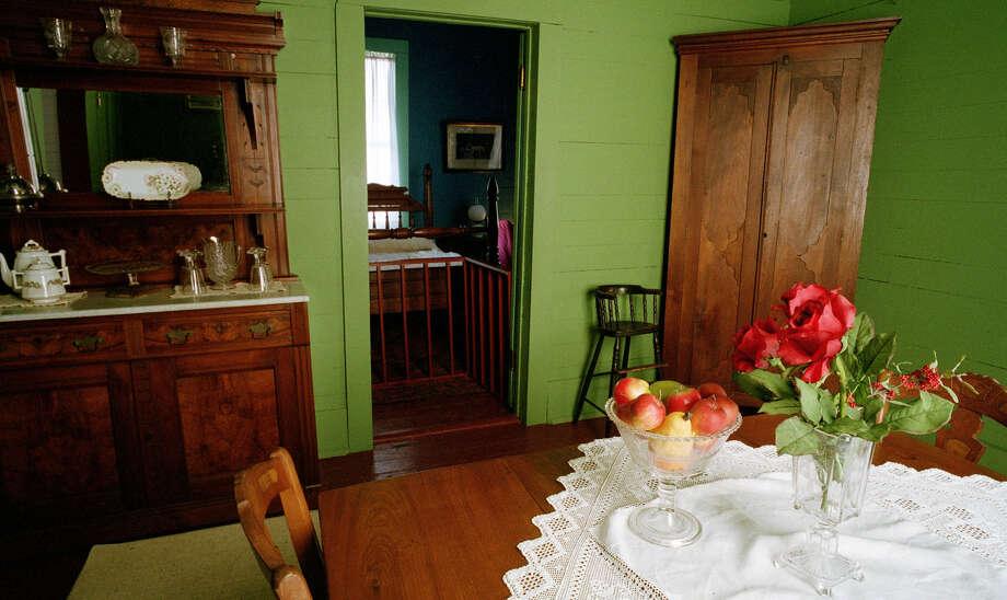 The dining room of the Yates house at Sam Houston Park. Photo: Steve Ueckert, Staff / Houston Chronicle
