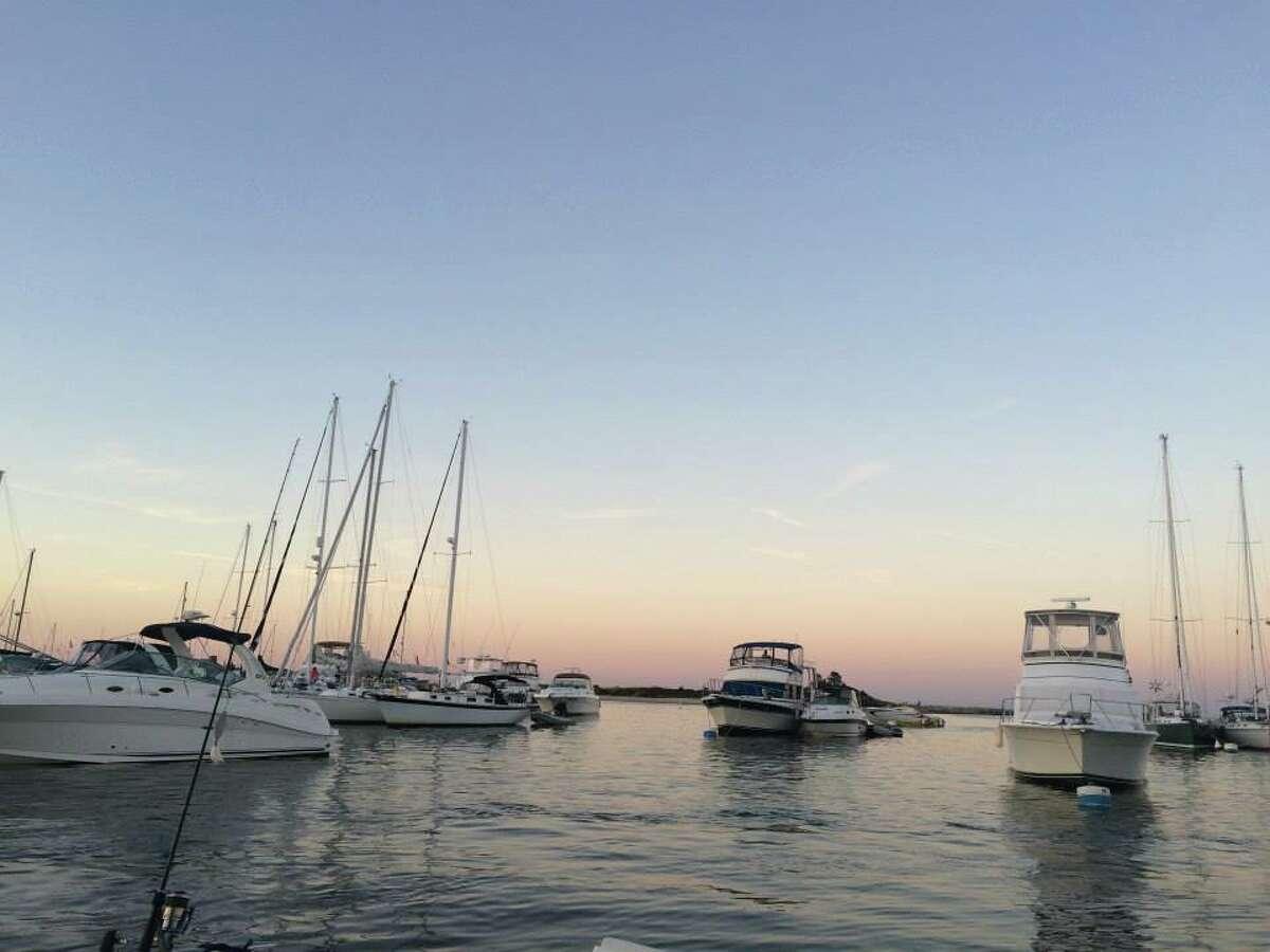14. Hyannis, Massachusetts Attractions: Hyannis Port, Kalmus Beach, Barstable TownSource: topvaluereviews.net