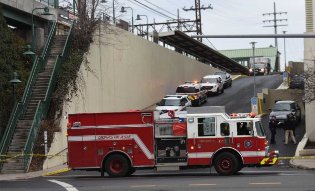 Gas main accident shuts lewis street connecticut post for Swanson s fish market