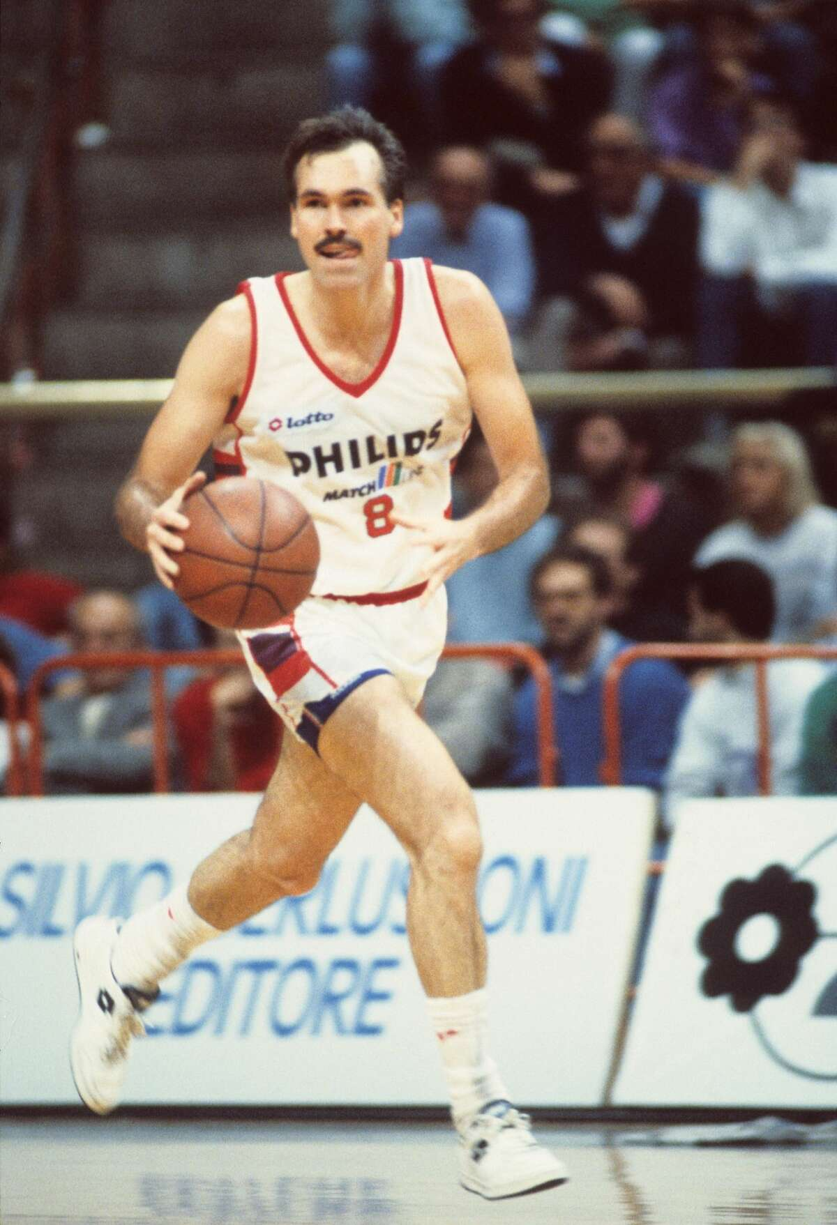 Mike D'Antoni After playing for the Kansas City-Omaha Kings, ABA Spirits of St. Louis and San Antonio Spurs, D'Antoni began a long playing and coaching career in Italy. A duel citizen, he was the all-time leading scorer for Olimpia Milano, known as Il Baffo (Italian for 'The Mustache.
