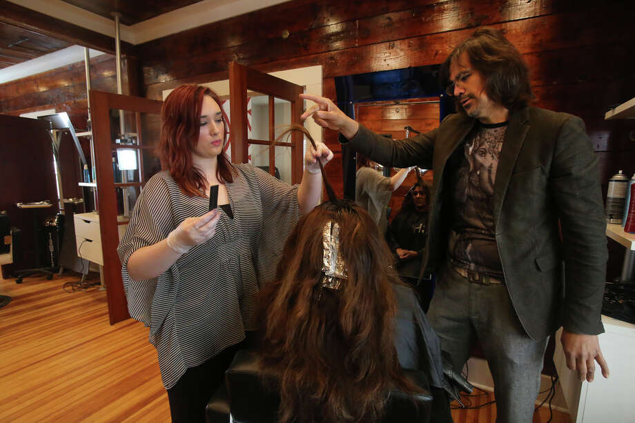City Council on Thursday defied the recommendation of the city Zoning Commission by voting to allow local hairstylist Andrew Guerra to operate his salon on a residentially zoned property in Mahncke Park. Photo: John Davenport /San Antonio Express-News / ©San Antonio Express-News/John Davenport