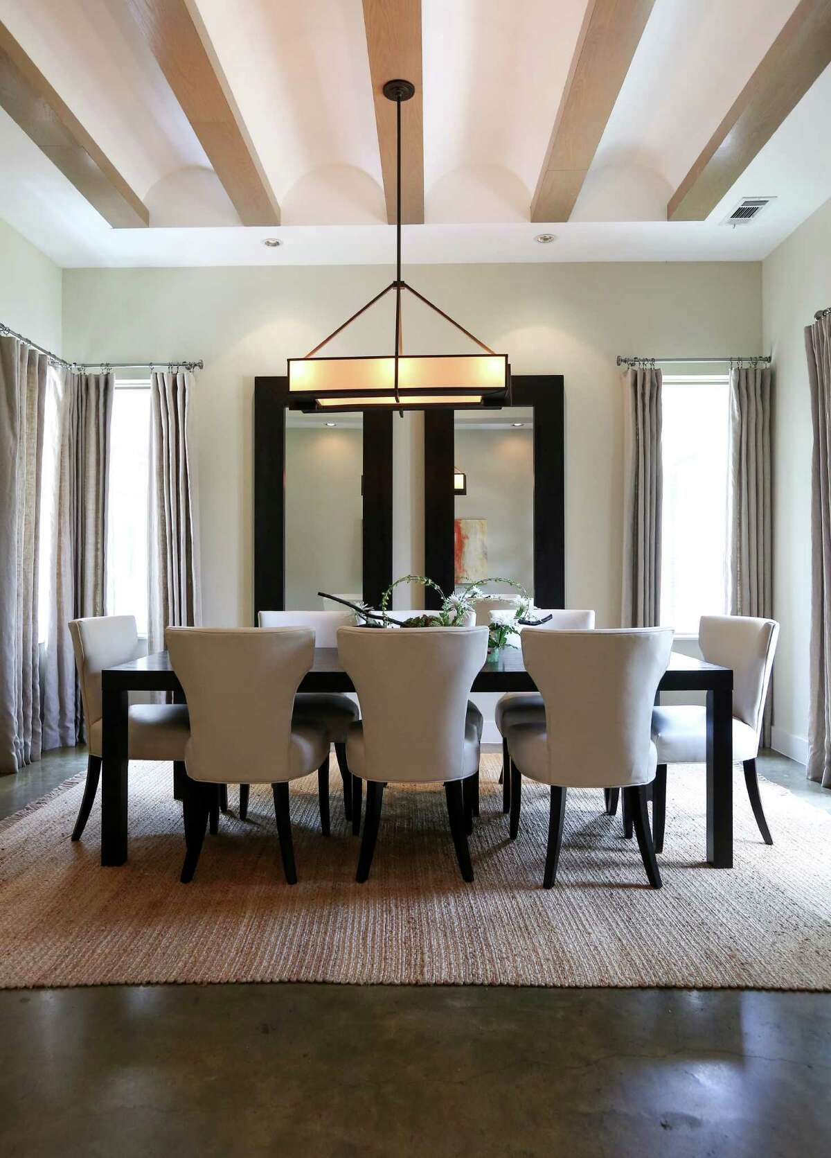 The Leggetts' dining room has a welcoming, contemporary feel.