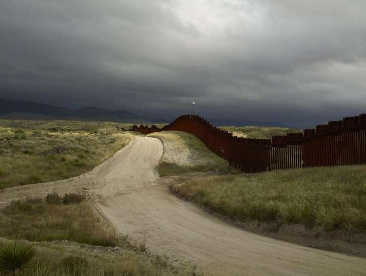 "Richard Misrach, ""Wall, East of Nogales, Arizona"" (2015)"