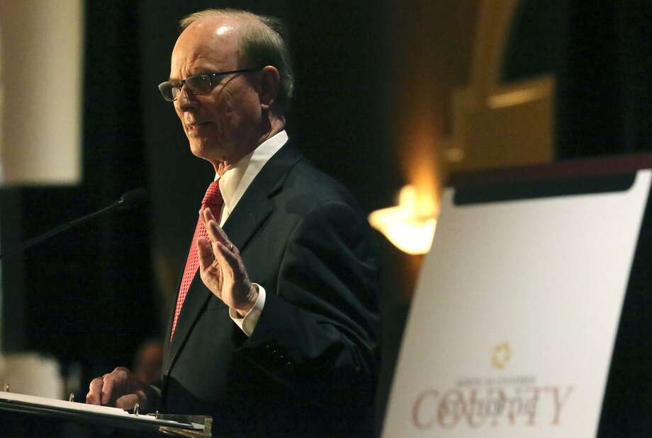 Bexar County Judge Nelson Wolff gives the 2016 state of the (Bexar) county speech Friday May 20, 2016 to the North San Antonio Chamber of Commerce at the Omni San Antonio Hotel. Photo: John Davenport, Staff / San Antonio Express-News / ©San Antonio Express-News/John Davenport