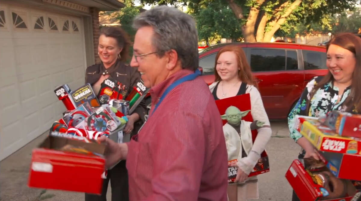 Candace Payne is surprised by Kohl's with a $2,500 gift card and dozens of