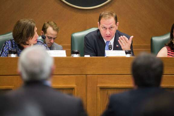 State Senator Charles Schwertner, Chair of the Texas Senate Committee on Health and Human Services, addresses Dr. Peter Hotez, Dean of the Baylor College of Medicine National School of Tropical Medicine, during a hearing May 17 to evaluate the state's ability to effectively respond to challenges posed by the Zika virus  and explore what actions should be taken to prevent transmission, including mosquito control efforts. (Photos by Tom McCarthy Jr.)