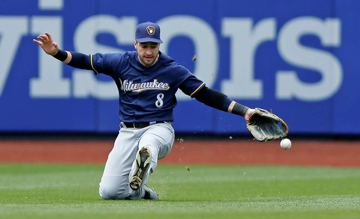 25. Milwaukee Brewers (23-28) Week 7 ranking: No. 25 Photos like this probably aren't helping Ryan Braun's trade value.
