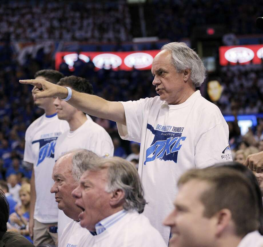 Thunder fans give Draymond Green a piece of their minds after he was assessed a flagrant 1, technical foul during the first half as the Golden State Warriors played the Oklahoma City Thunder in Game 3 of the Western Conference Finals  at Chesapeake Energy Arena in  Oklahoma City, Okla., on Sunday, May 22, 2016. Photo: Carlos Avila Gonzalez, The Chronicle