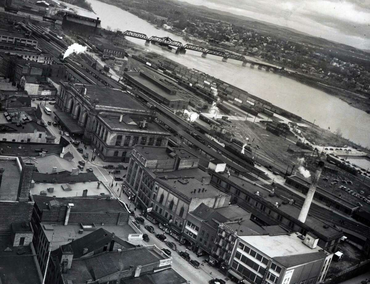 Union Station on Broadway and the Hudson riverfront April 20, 1936, in Albany, N.Y. (Times Union archive)