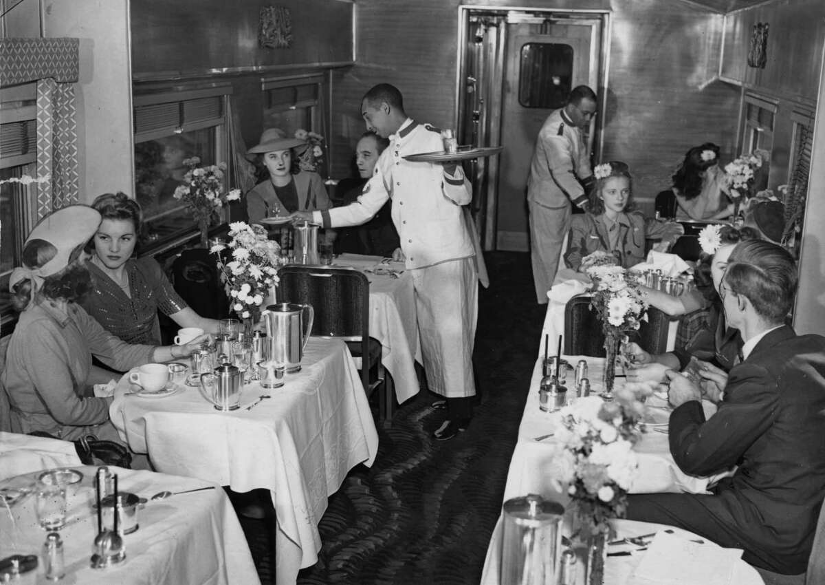 Dining car on the Empire State Express train Nov. 25, 1941. (Associated Press Photo/Times Union archive)