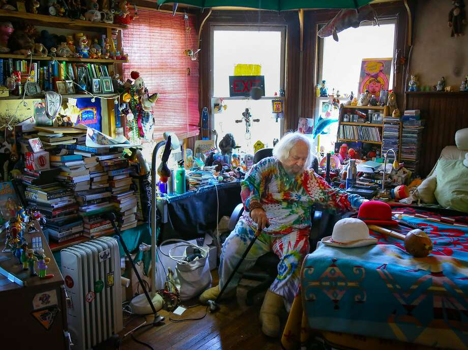 """Hugh """"Wavy Gravy"""" Romney gets ready at his home in Berkeley for his annual birthday concert and fundraiser for the Seva Foundation. Photo: Brian Feulner, Special To The Chronicle"""
