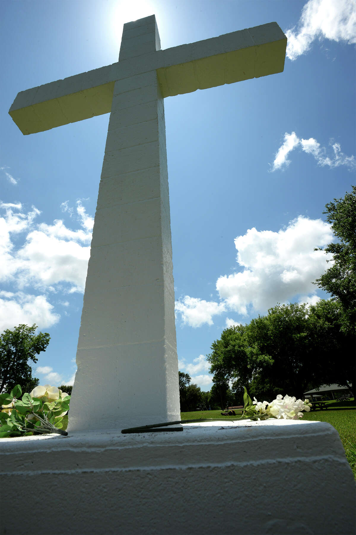 Citing that the public should have a clearer distinction of city property and church property, the Freedom From Religion Foundation is asking the City of Port Neches to fence around the newly sold section of Port Neches park containing a statue of a cross. The cross has been a topic of debate since November when the organization requested its removal on grounds of separation of church and state. Photo taken Monday, May 23, 2016 Guiseppe Barranco/The Enterprise