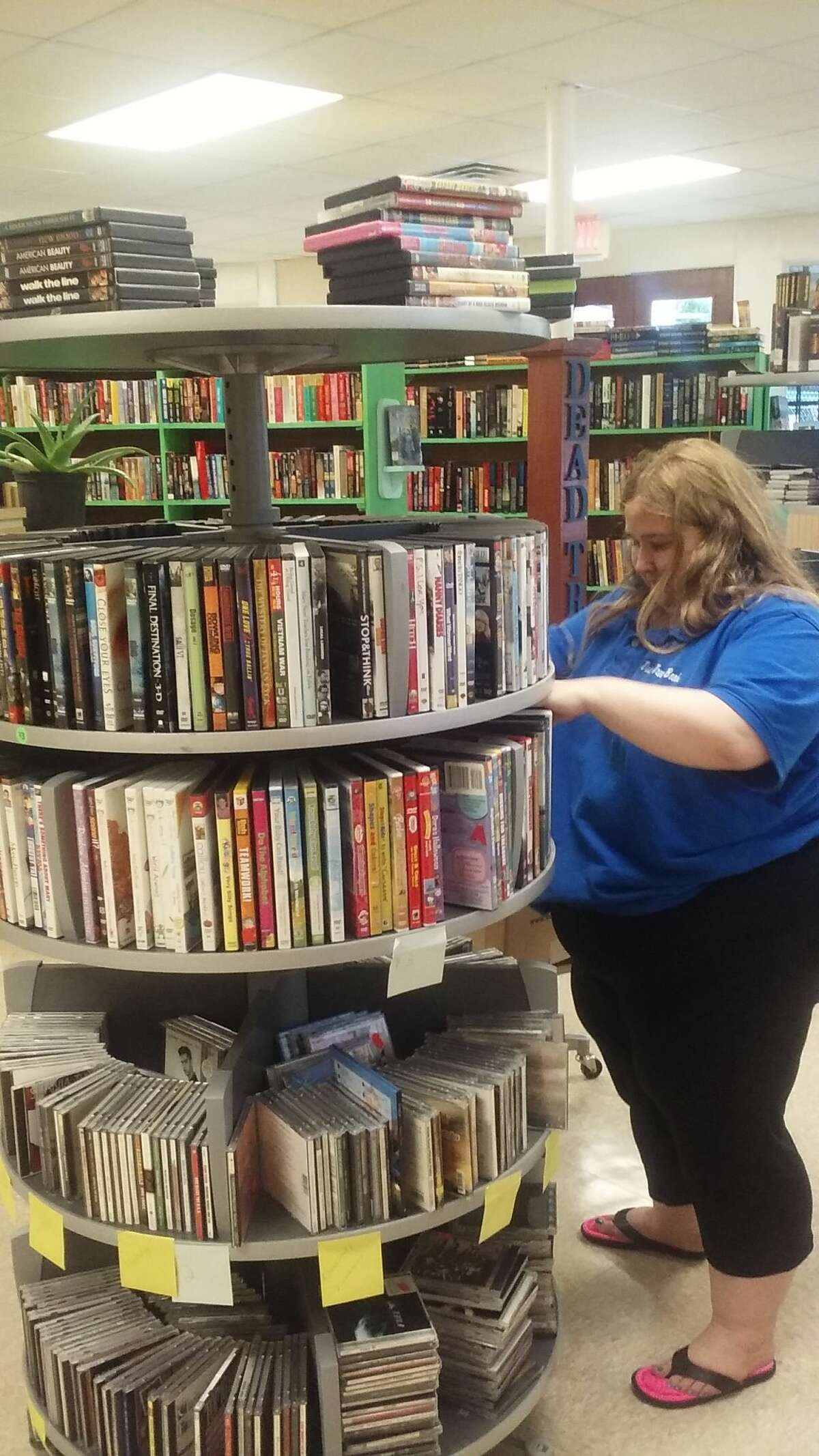 Dead Tree Books, the only bookstore on San Antonio's South Side, opened April 1 at 5645 S. Flores St., at the intersection of S. Flores Street and E. Southcross Boulevard.