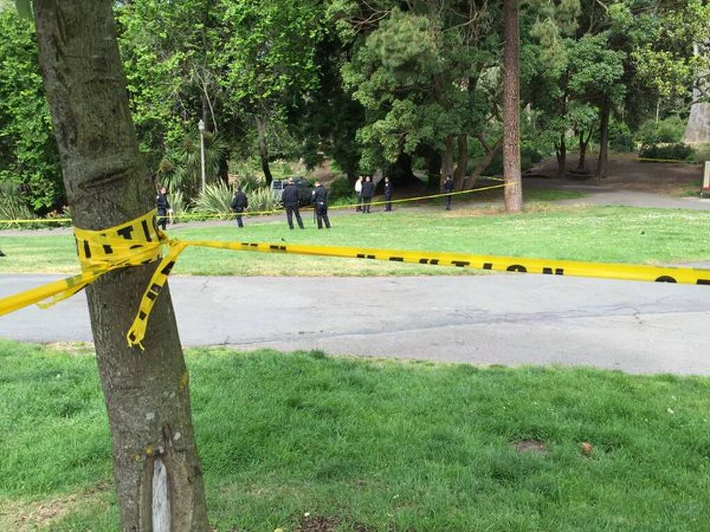 San Francisco Police String Crime Scene Tape Around Alvord Lake At The  Eastern End Of Golden