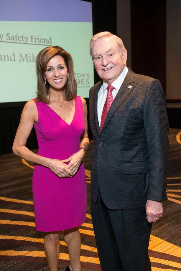 Keynote Speaker NBC News Correspondent Janet Shamlian, Emcee ABC 13 Dave Ward Photo: Photo By Michelle Watson/CatchLi